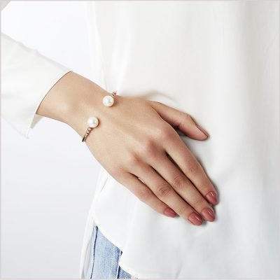 """<span id=""""product-title"""">NOVUS </span><br><span id=""""product-description"""">FRESHWATER PEARL AND DIAMOND BRACELET IN 18CT ROSE GOLD</span>"""