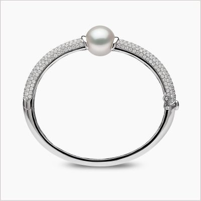 """<span id=""""product-title"""">MAYFAIR </span><br><span id=""""product-description"""">SOUTH SEA PEARL AND DIAMOND BRACELET IN 18CT WHITE GOLD</span>"""