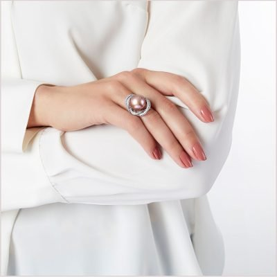 Yoko London Radiant Orchid Diamond and Freshwater Pearl Ring