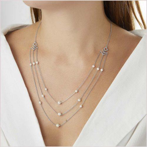 Yoko London Sleek Freshwater Pearl & Diamond Necklace