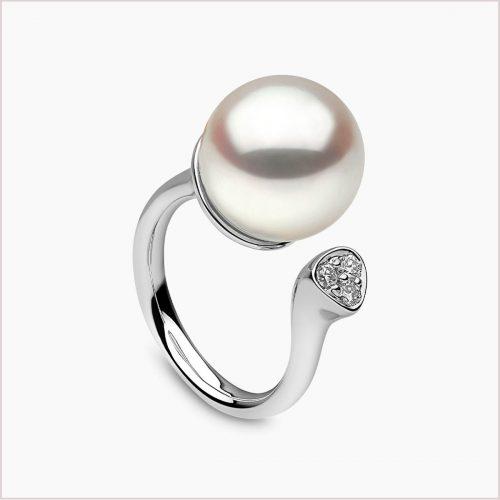 Yoko London Novus South Sea Pearl and Diamond Ring