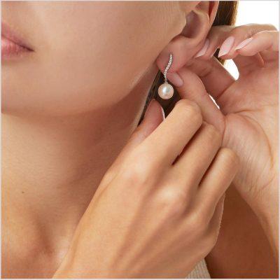 Yoko London Classic Diamond and Freshwater Pearl Earrings