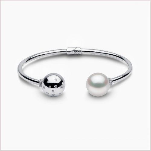 Yoko London Novus South Sea Pearl and Diamond Bracelet