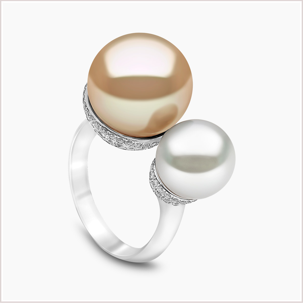 Yoko London Novus South Sea and Diamomd Pearl Ring