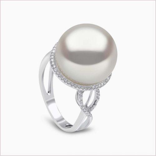 Yoko London Classic South Sea Pearl and Diamond Ring